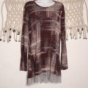 LOGO by Lori Goldstein abstract lace tunic top